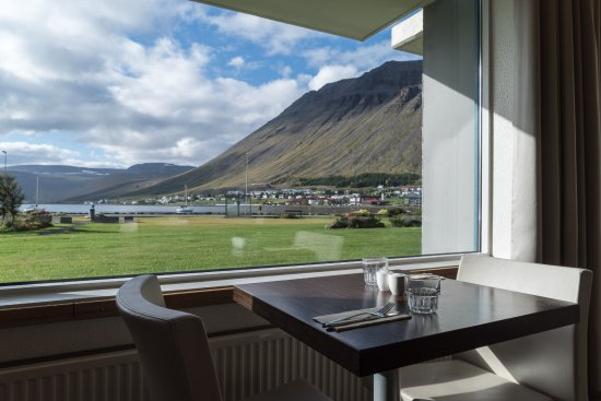 Isafjordur, İzlanda: A table with a view