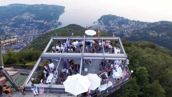 terrazza ristorante - Foto di Funivie del Lago Maggiore, Laveno ...