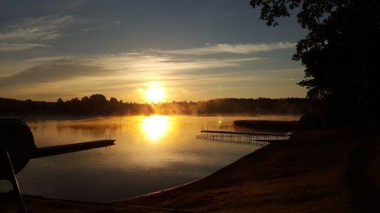 Eksjo, Sweden: søen om morgenen