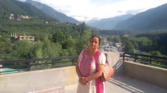 Rohtang Heights Resorts And Spa
