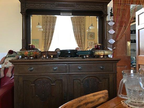 La Credenza Credenza : La credenza buffet picture of loch croistean coffee shop uig