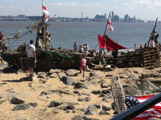 New Brighton, UK: Nothing like a day at the beach before setting sail across the sea.