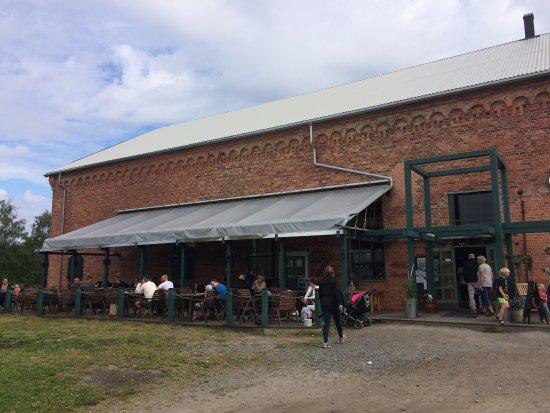 Västerbotten, Suecia: Minitåget, två bilder från museets miniatyr, museet från utsidan och en bild från insidan av ett