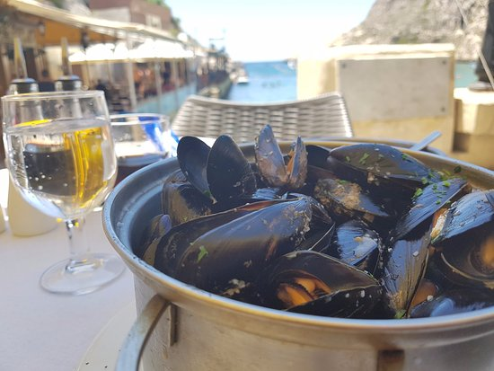 Zafiro Restaurant: Mussels with a view