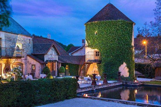 le chateau de courban restaurant reviews phone number photos tripadvisor. Black Bedroom Furniture Sets. Home Design Ideas