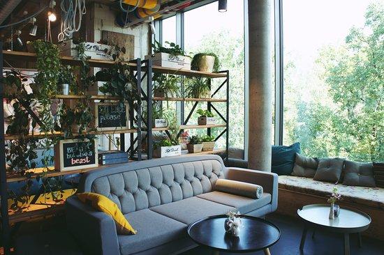 super concept space super lounge