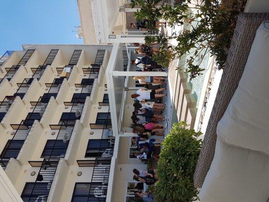 Hotel Santana: 20170719_125131_large.jpg