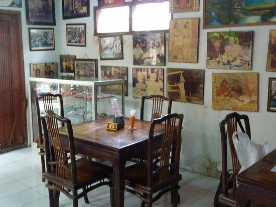Warung Made Busana Bali: Arung Made Busana Bali Sanur