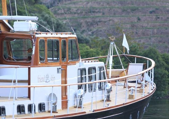 Pinhao, Portugal: Friendship I - An English boat from 1957, more specifically a Wooden Yacht Classic with 66 feet