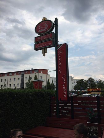 Hochheim am Main, Alemania: Mid-summer day and fantastic eats @pizzeriasalerno