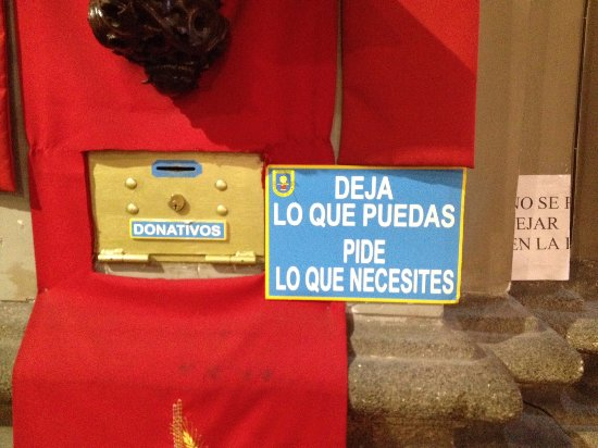 Iglesia de San Antón: Leave what you can, ask what you need