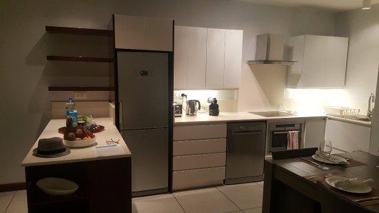 Plage bleue beachfront apartments updated 2018 apartment for Kitchen design mauritius