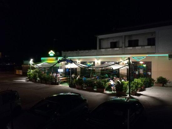 Camerano, İtalya: Mulligan's Pub