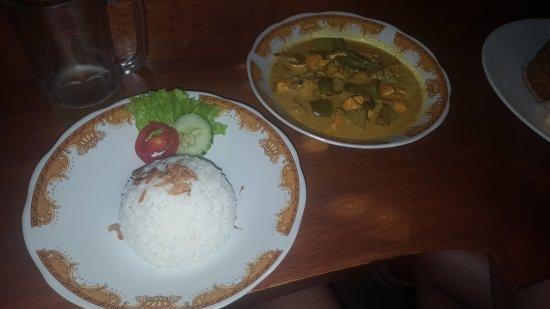 Munduk, Indonesia: 20170720_183947_large.jpg