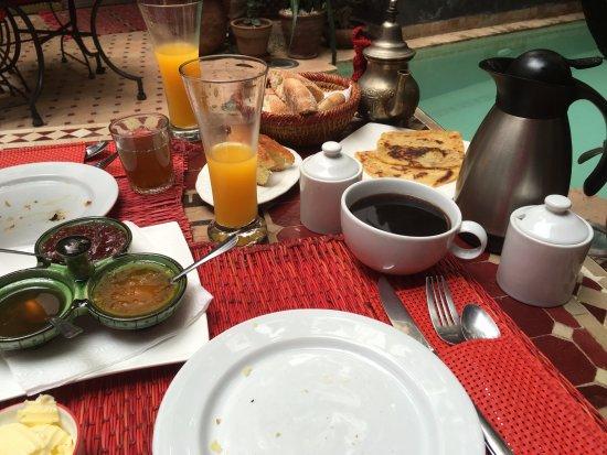 Riad La Porte Rouge : Le petit déjeuner