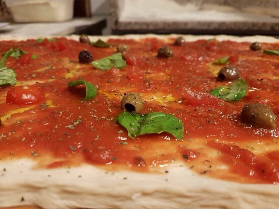 Pimonte, Italie : Pizze...forno a legna