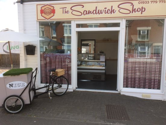 Rushden, UK: The Sandwich Shop
