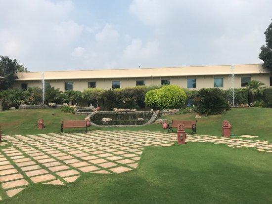 Trident, Agra Photo