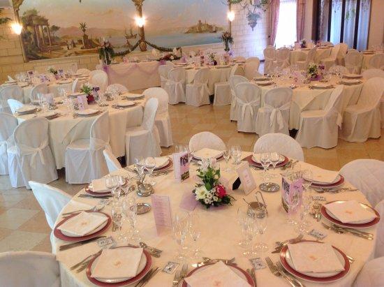 Ospedaletto Euganeo, Italia: Sala da pranzo