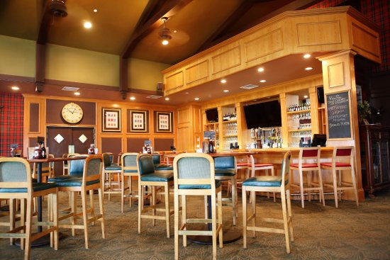 Lakewood, NJ: Updated in 2016, the new View Pub Bar Area