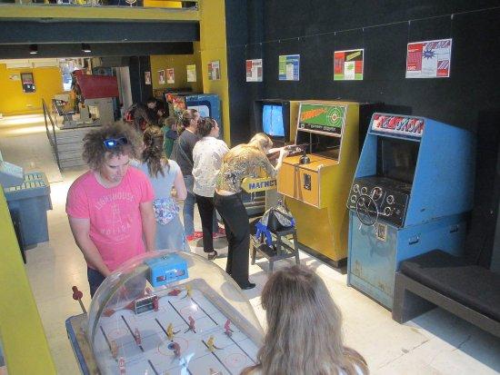 Где остались игровые автоматы в москве форум игровые автоматы книги играть бесплатно шары