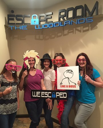 ‪‪Escape Room The Woodlands‬: One of our best Test Groups! Talented Team of Teachers!‬