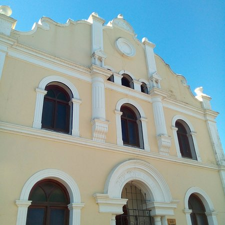 Malmesbury, South Africa: The facade of the old synagogue, now a wonderful museum