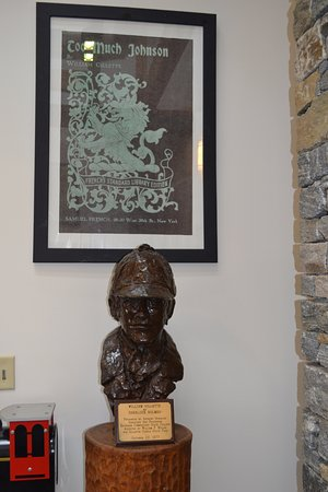 East Haddam, CT : Bust of William Gillette as Sherlock Holmes