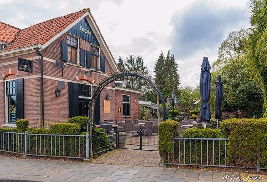 Dieren, Países Bajos: entree terras