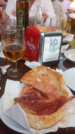 Santa Gertrudis, España: jamon iberico e cana;