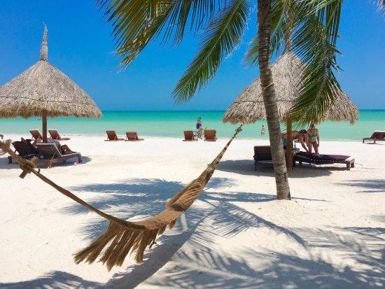 Holbox Hotel Casa las Tortugas - Petit Beach Hotel & Spa: La vista desde el restaurante Mandarina