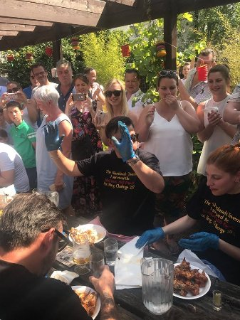 Bromley, UK: The Shortlands Tavern Chilli Festival