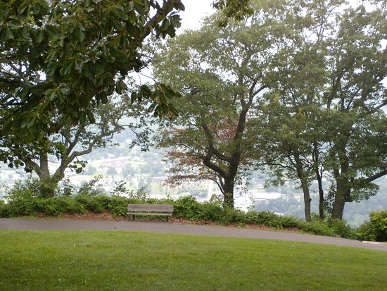Lookout Mountain, TN: Bench in Point Park
