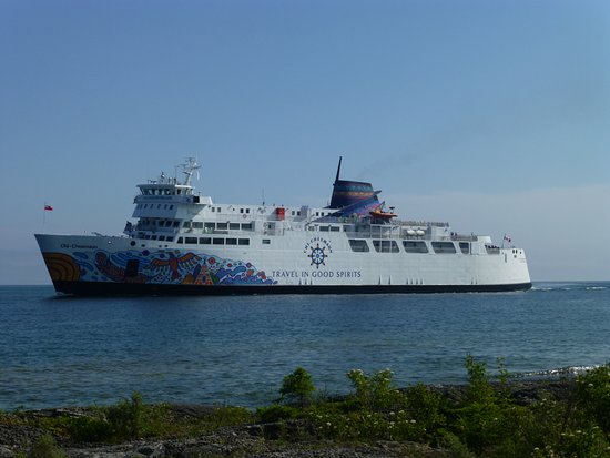 South Baymouth, Canadá: A beautiful ship