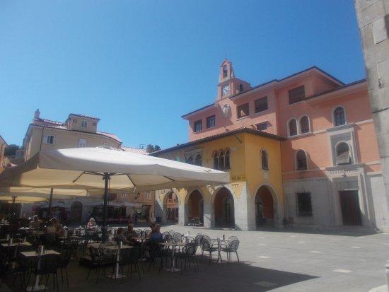 Muggia, Italy: Piazza Marconi