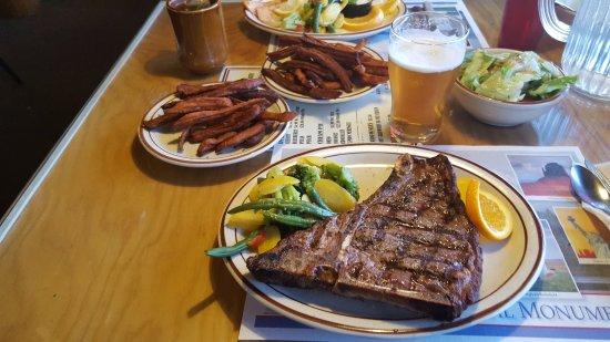 Foster's Family Steak House : T-bone e patate dolci fritte