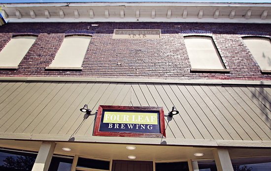 Clare County, MI: Historic downtown Clare Michigan, the gateway to the north/south/east/west for MI craft beer.