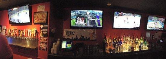 Creve Coeur, MO: Bar view