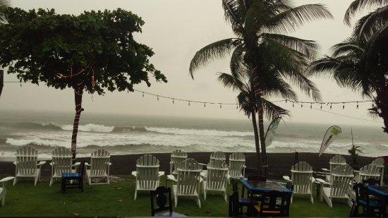 Playa Hermosa, Costa Rica: Rainy Days