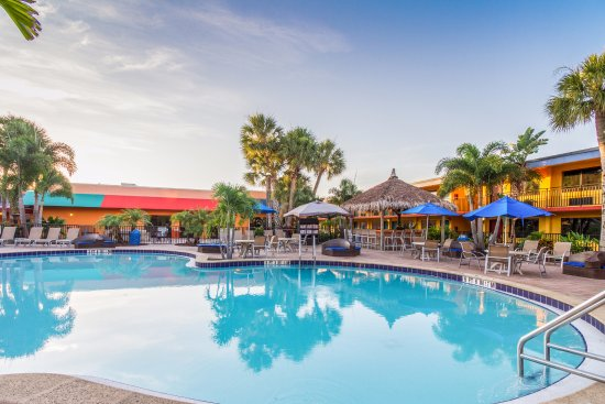 Coco Key Hotel and Water Park Resort: Hotel Pool
