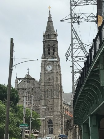 Chew Philly Food Tours: along the walk