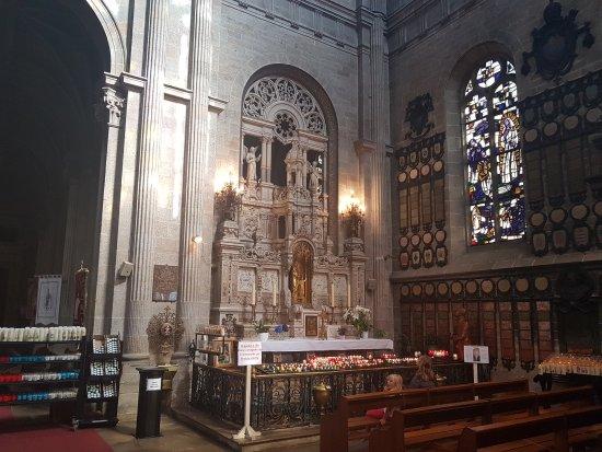 Sainte-Anne-d'Auray, فرنسا: Basilique de Sainte Anne D'auray