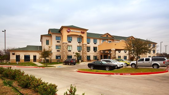 Best Western Plus Burleson Inn & Suites