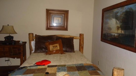 Graham, TX: comfortable bed