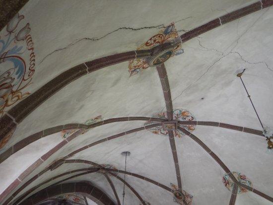 Chiesa di Andraz: lesioni del soffitto
