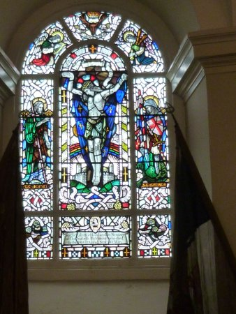 Ardersier, UK: Stained Glass Window in the Chapel
