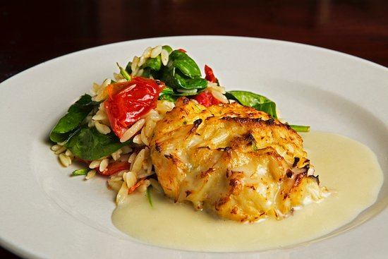 Lexington, SC: CRABCAKE TRAVINIA