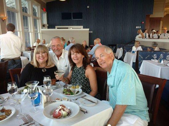 Joe's Bay Pointe Inn: Celebrating Becky's retirement