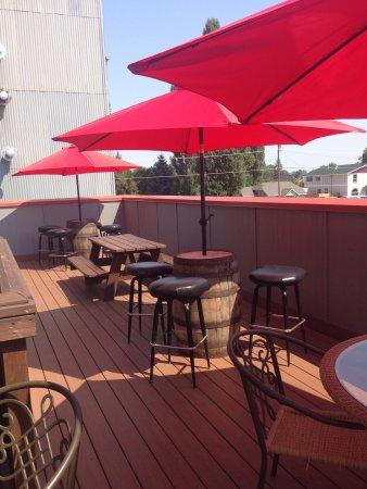 Hamilton, MT: Outside deck