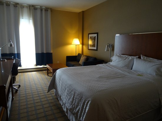 Four Points by Sheraton & Conference Centre Gatineau-Ottawa Photo